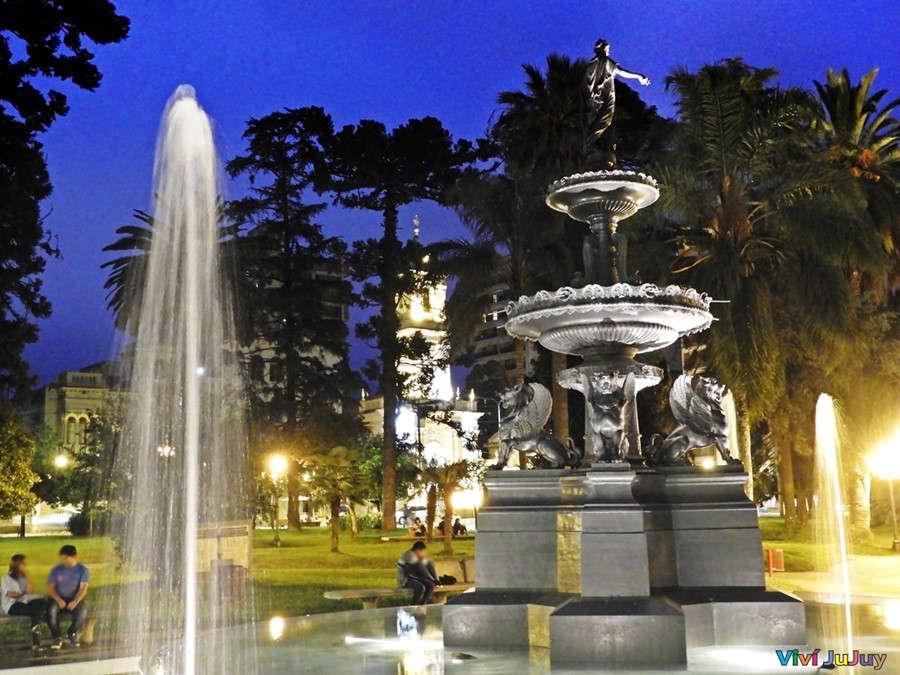 Plaza Belgrano Jujuy Nocturo