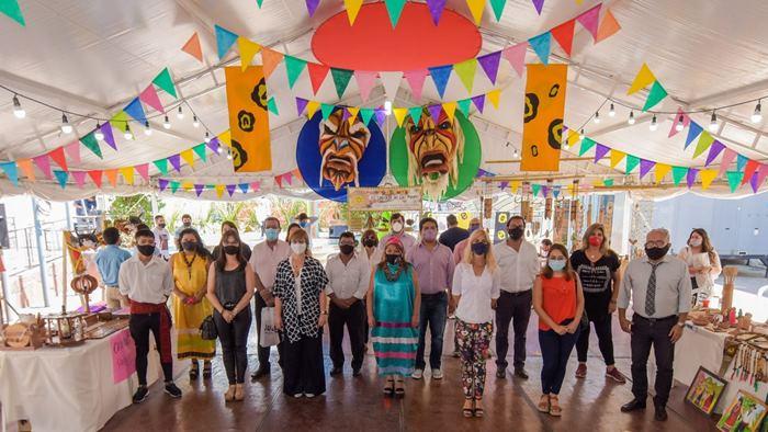 Mercado artesanal en Plaza Vilca