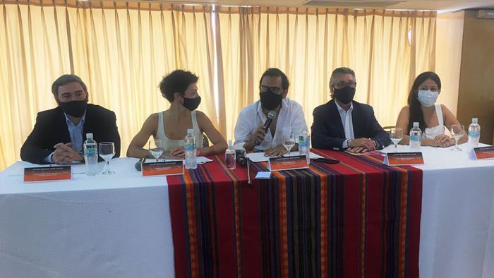 los-integrantes-del-consejo-regional-norte-cultura-durante-la-conferencia
