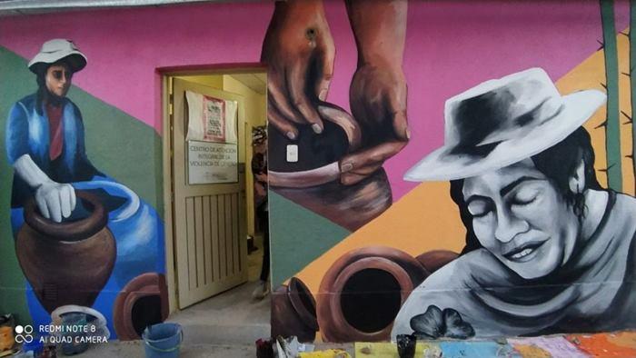Mural Mujer Alfarera
